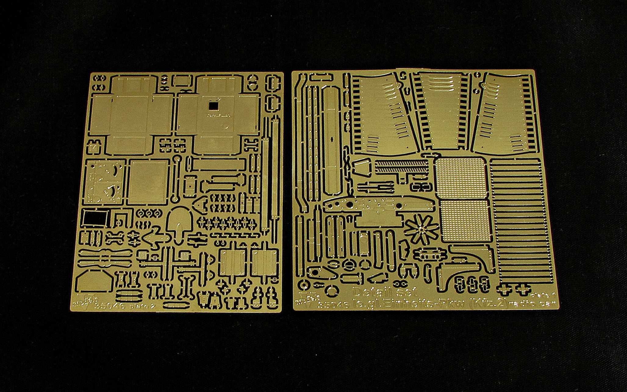 Detail  set le,gl.Einheits-Pkw(Kfz,2) radio car (ICM model kit) 35046